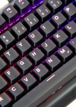 SteelSeries Apex M750 TKL Keyboard Review