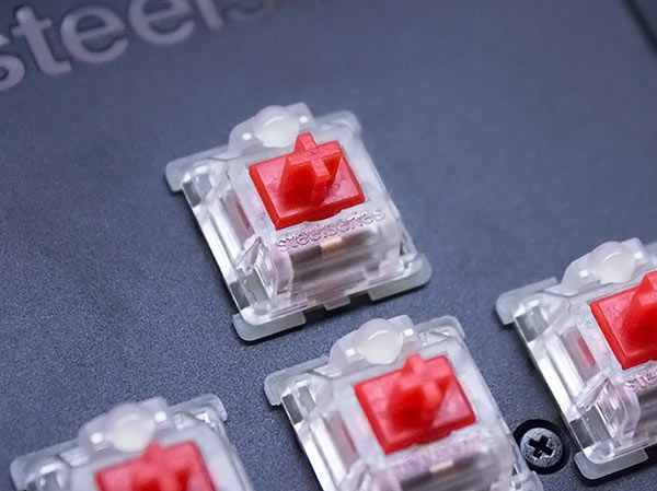SteelSeries Apex M750 QX2 Linear Switches